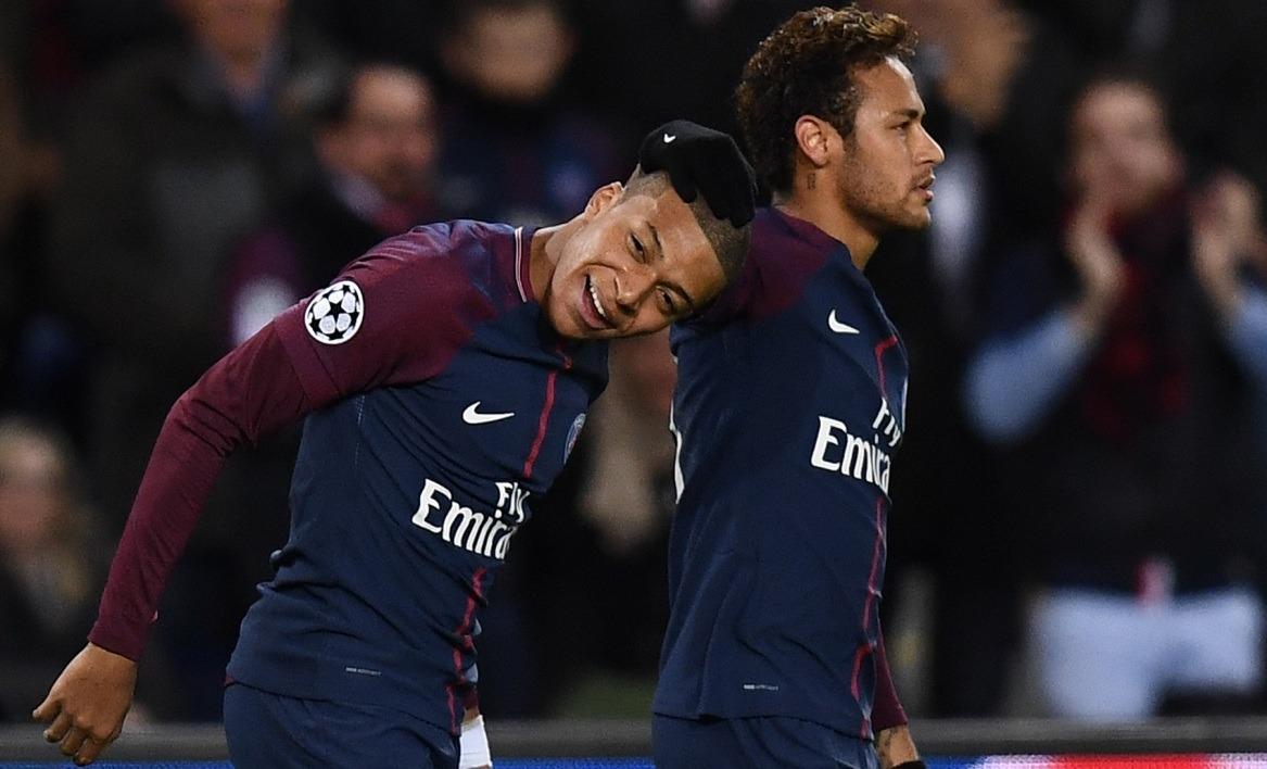 FranceCroatie - Neymar encourage Rakitic et Mbappé, son Golden Boy