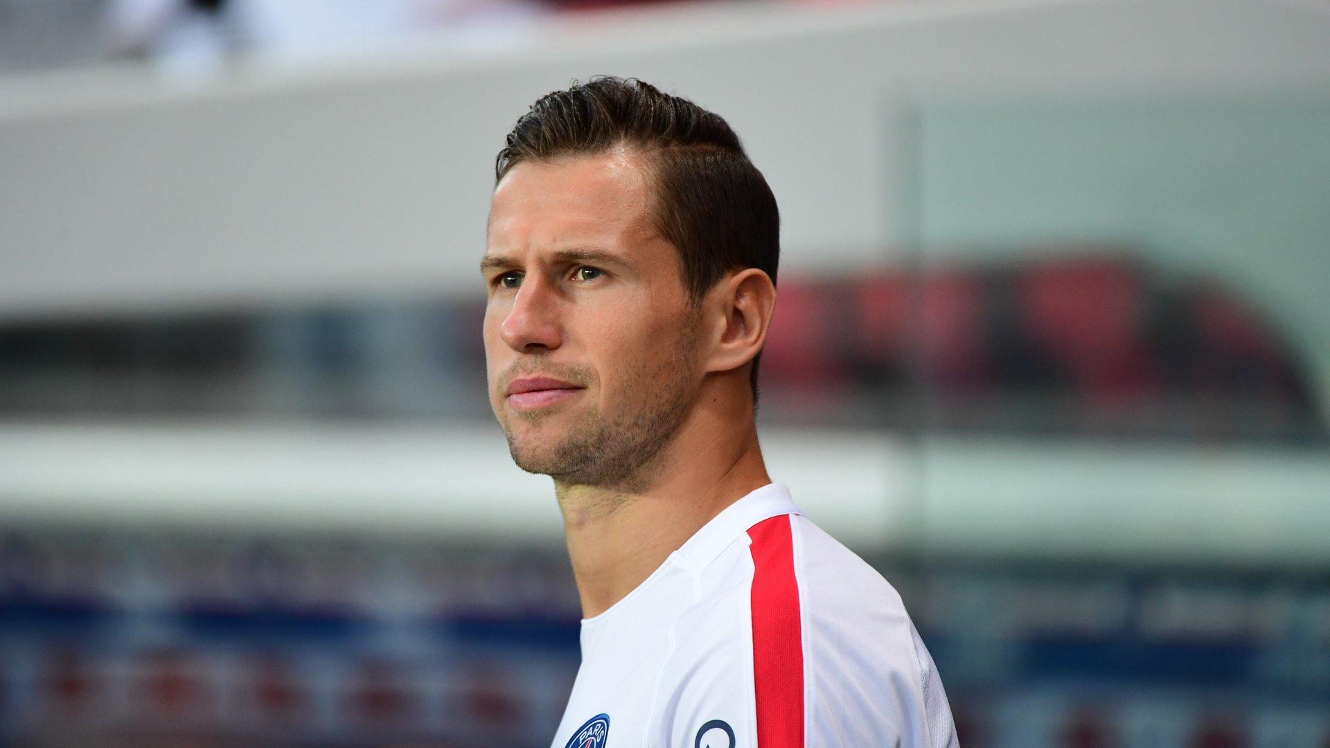 Mercato - Krychowiak devrait partir au Lokomotiv Moscou la semaine prochaine, annonce Loïc Tanzi