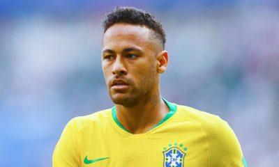 Neymar s'est complu dans une posture d'enfant gâté façon Calimero, écrit L'Equipe