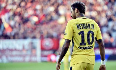 "Xavi ""Neymar ? C'est sa façon de jouer"""