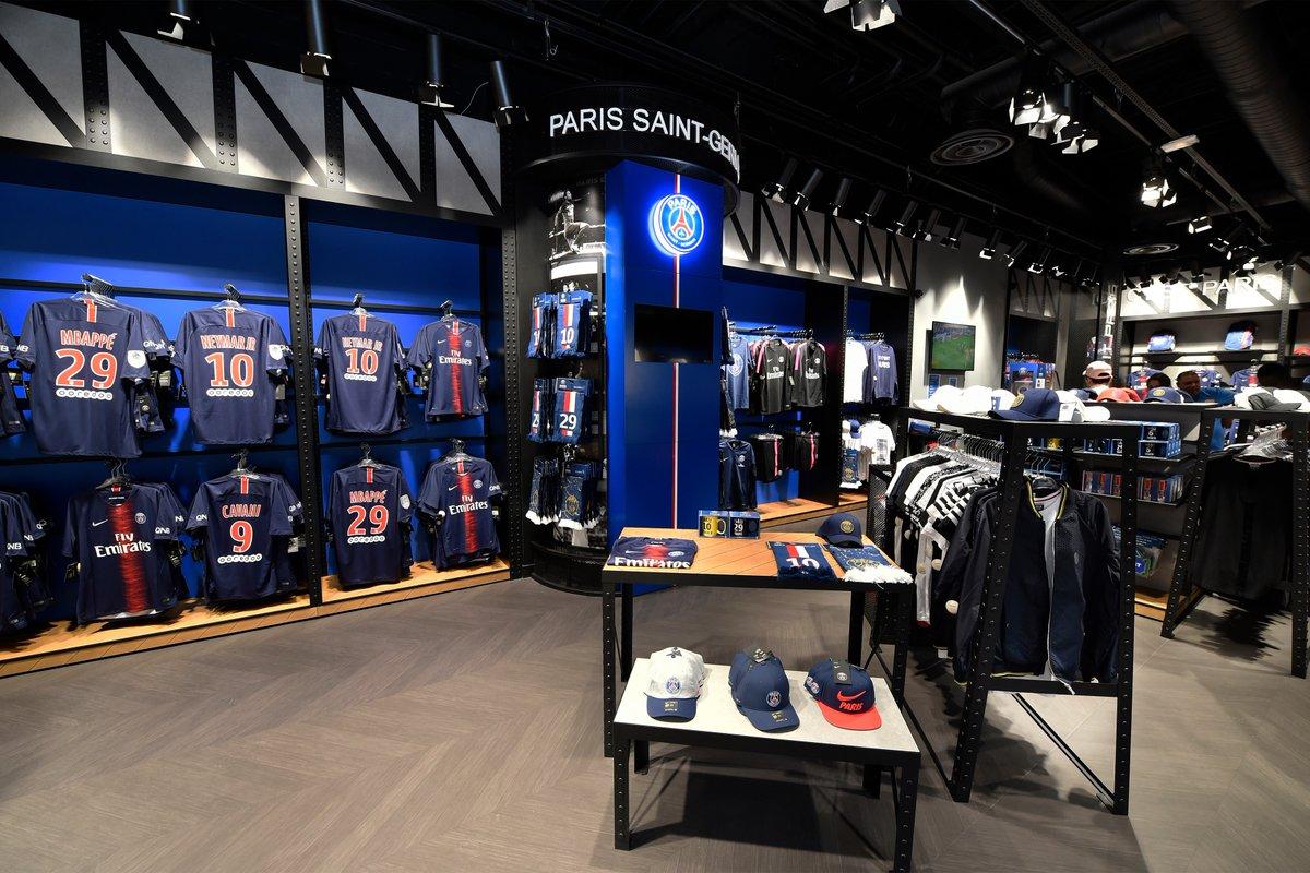 Le PSG ouvre une nouvelle boutique à Doha, au Qatar