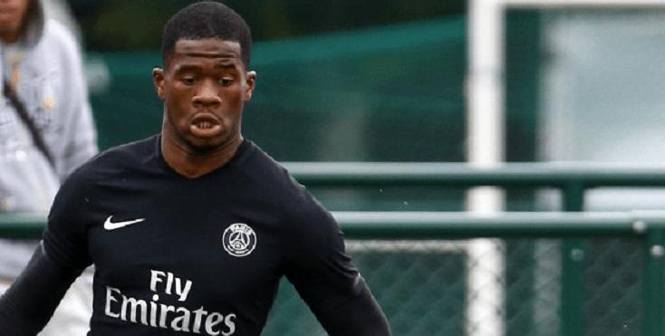 Samuel Essende a signé son premier contrat professionnel au PSG, selon Loïc Tanzi