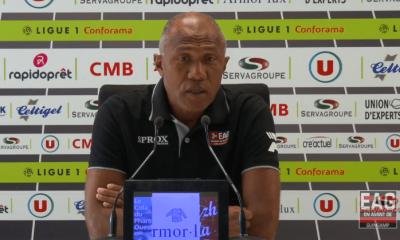 """Guingamp/PSG - Kombouaré """"il faut réussir à être fort dans la durée"""""""