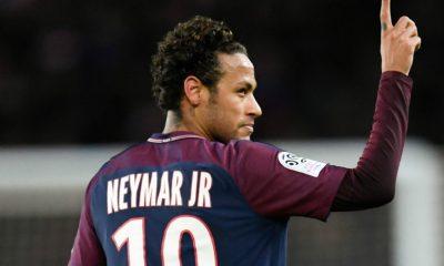 Mercato - El Pais rêve d'une nouvelle attaque du Real Madrid pour Neymar en septembre grâce à une clause...inexistante