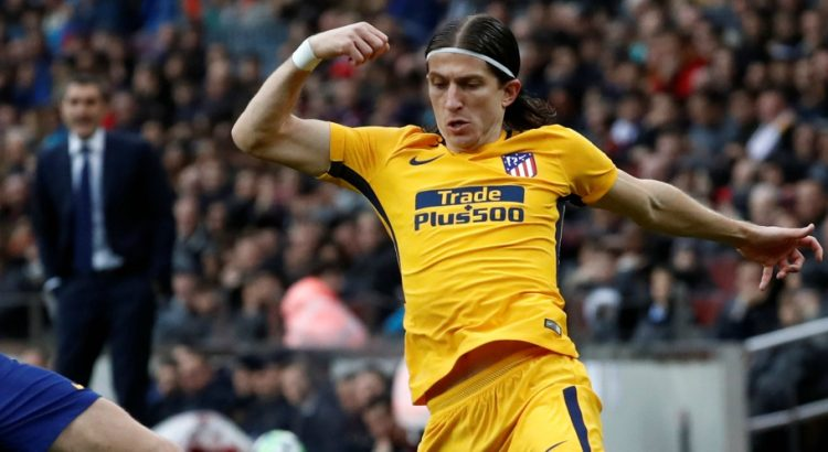 Mercato - Le PSG a fait de Filipe Luis la piste prioritaire pour le poste d'arrière gauche et il est d'accord, annonce ESPN
