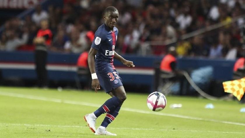Mercato - Moussa Diaby prolongé avant d'être prêté à Montpellier, selon Julien Maynard