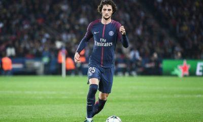 Mercato - Rabiot compte réfléchir entre le PSG, Manchester City et le FC Barcelone, selon RAC1