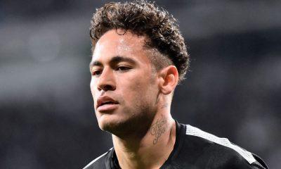 """Neymar """"entame sa seconde saison avec un esprit de revanche"""", écrit L'Equipe"""