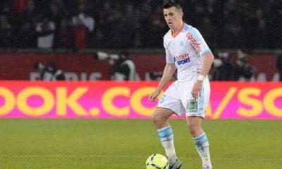 Barton met Neymar au niveau des Kardashian et critique le partenariat entre le PSG et Air Jordan