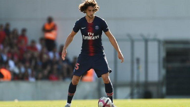 Le PSG espère toujours prolonger le contrat d'Adrien Rabiot, indique Le Parisien