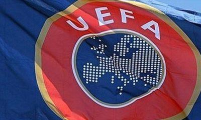 L'Equipe souligne que la confusion et le ridicule avec le prolongement de l'enquête de l'UEFA sur le PSG