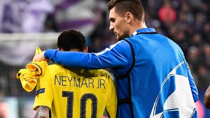Meunier Neymar je le vois comme un numéro 10...Il est clairvoyant