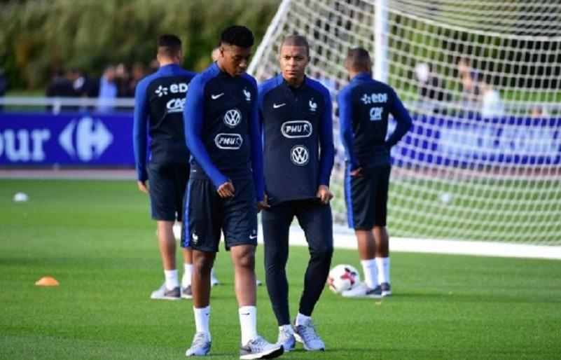 FranceAllemagne - Les équipes officielles 3 Parisiens titulaires, avec Kehrer mais sans Draxler