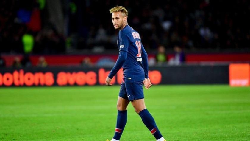 Juliano Belletti Neymar Je le vois revenir au Barça... Je ne crois pas qu'il va rester longtemps au PSG