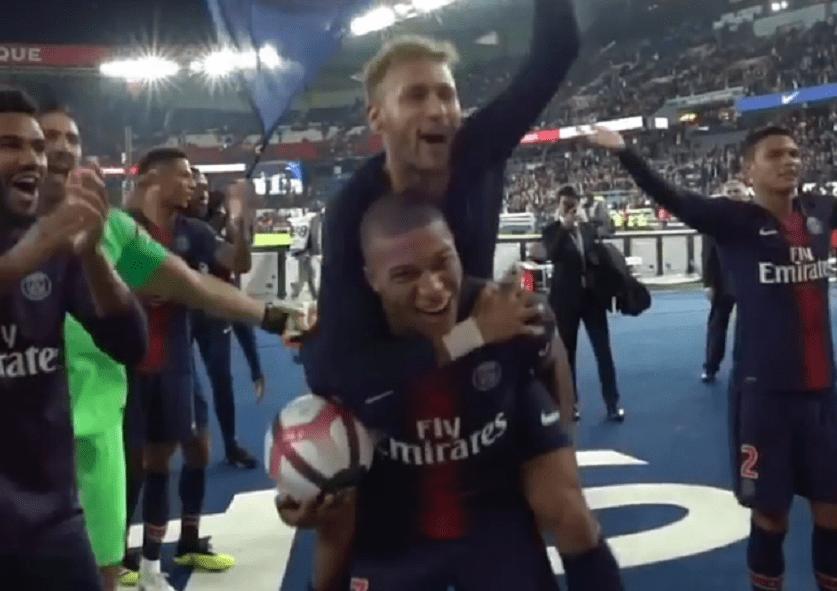 Les images du PSG ce lundi : célébrations de la victoire contre l'OL avec les supporters et trêve