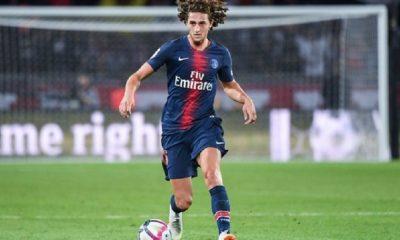 Adrien Rabiot exclu du groupe lors des matchs pour le moment et peut-être vendu en hiver, d'après RMC Sport, Le Parisien et L'Equipe