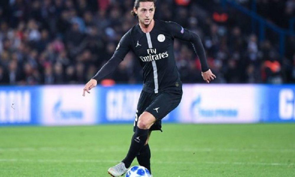 Adrien Rabiot n'était toujours pas avec le groupe professionnel du PSG ce mardi, rapporte RMC Sport