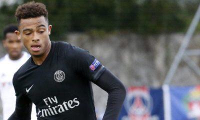 Antoine Bernède refuse de prolonger son contrat au PSG pour le moment, indique L'Equipe