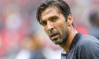 """Buffon """"J'ai continué pour l'argent ? Je ne prostituerai jamais mes idéaux et mes rêves pour de l'argent"""""""