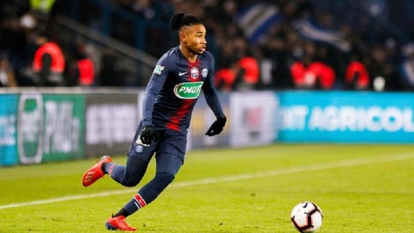 Mercato - Le PSG veut prolonger le contrat de Nkunku avant son prêt à Arsenal, indique BBC