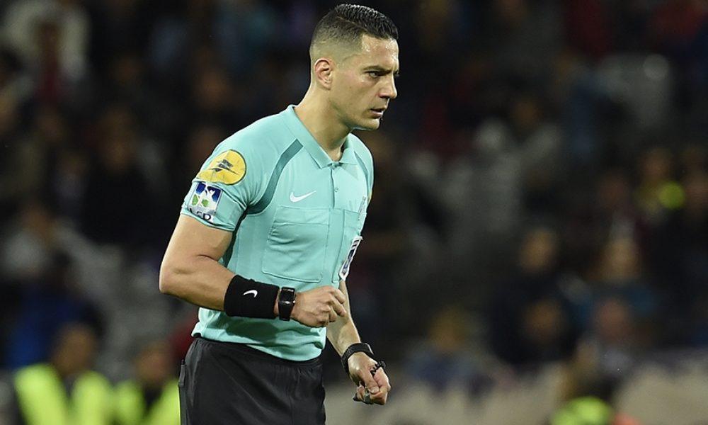 PSG/Rennes - L'arbitre Karim Abed reconnait s'être trompé et présente ses excuses