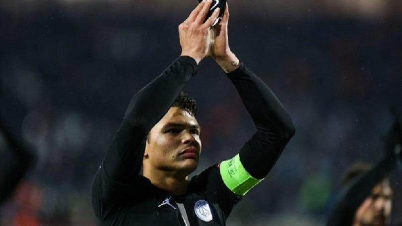 """Thiago Silva """"J'ai pensé à l'équipe et choisi de revenir plus tôt"""""""