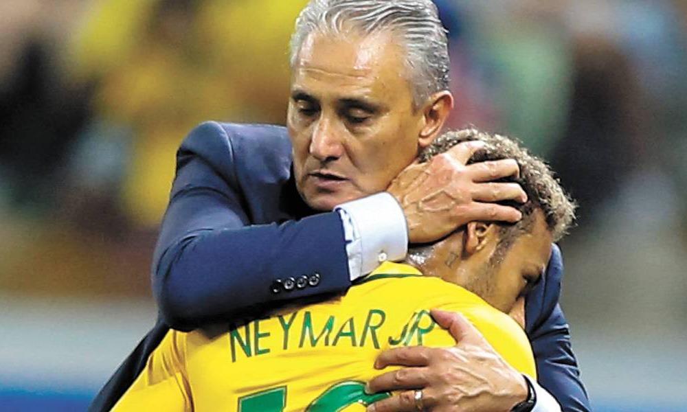 Tite annonce qu'il va venir voir Neymar, entre autres