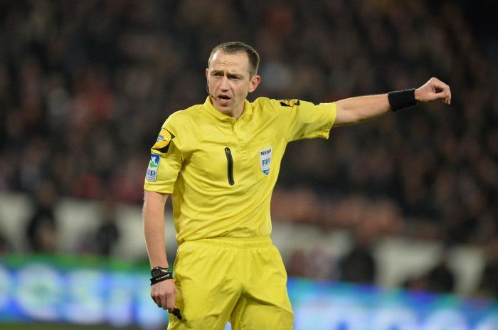 PSG/Bordeaux - L'arbitre de la rencontre a été désigné, beaucoup de jaunes et la moyenne en rouge