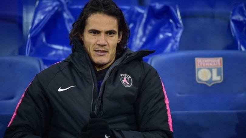 Les joueurs brésiliens du PSG préfèrent que Paris joue sans Cavani, affirme UOL Esporte