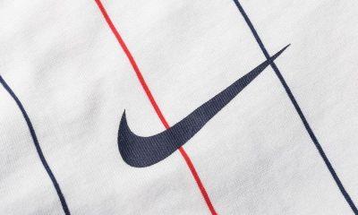 Le PSG et Nike mettent en vente une tenue rétro qui rappelle la saison 2005-2006