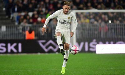 """Jordi Mestre """"Le père de Neymar a joué un double jeu."""""""