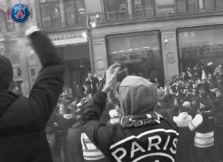 Les images du PSG ce mardi : Victoire à Manchester, suivie de près par les blessés