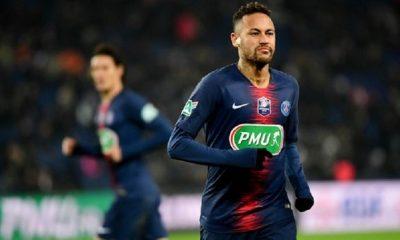 Neymar a vécu le PSG/OM au Parc des Princes à fond