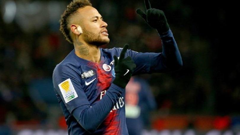 """Neymar """"Je ne suis attiré par personne d'autre, je ne veux pas quitter Paris, mais les choses vont très vite."""""""