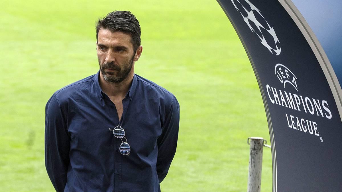 """L'agent de Buffon annonce que le PSG est """"destiné"""" à remporter la Ligue des Champions"""