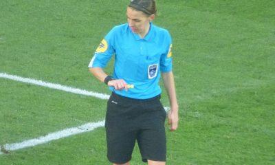 Ligue 1 - La FFF annonce qu'un match sera (enfin) arbitré par une femme arbitre ce week-end