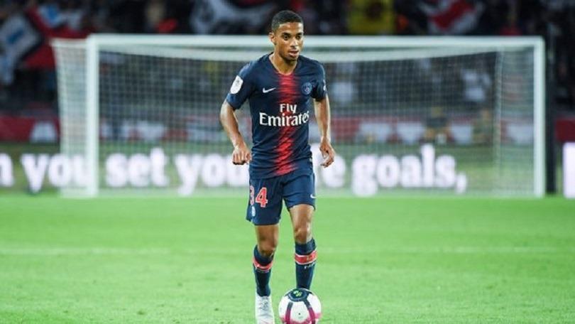 Dagba convoqué en Equipe de France Espoirs pour l'Euro 2019, Descamps suppléant
