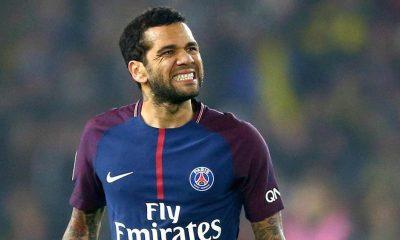Alves s'exprime sur la Premier et avoue qu'il aimerait y évoluer