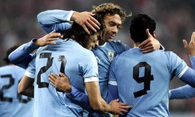 Diego Lugano fait l'éloge de Cavani, qui ne change pas