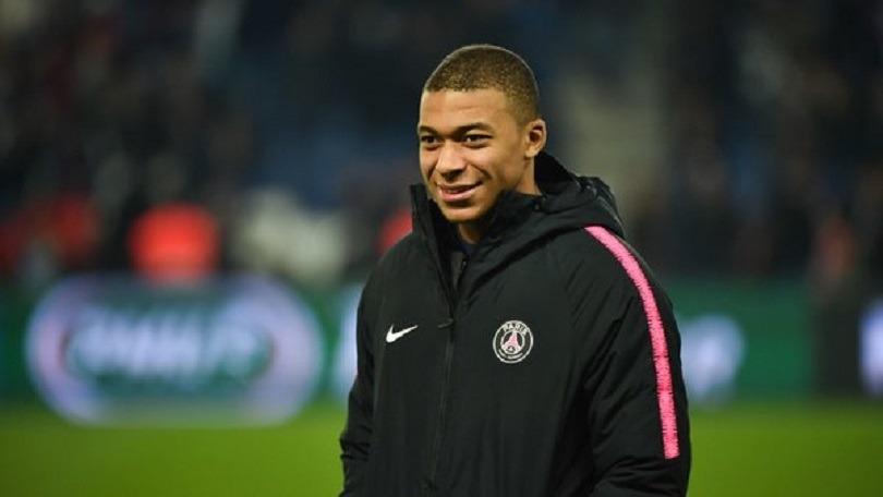 Le PSG a commencé la discussion avec Mbappé pour prolonger son contrat, selon RMC Sport