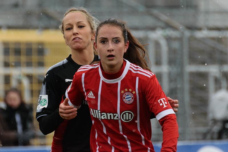 Le PSG annonce le recrutement de Sara Däbritz