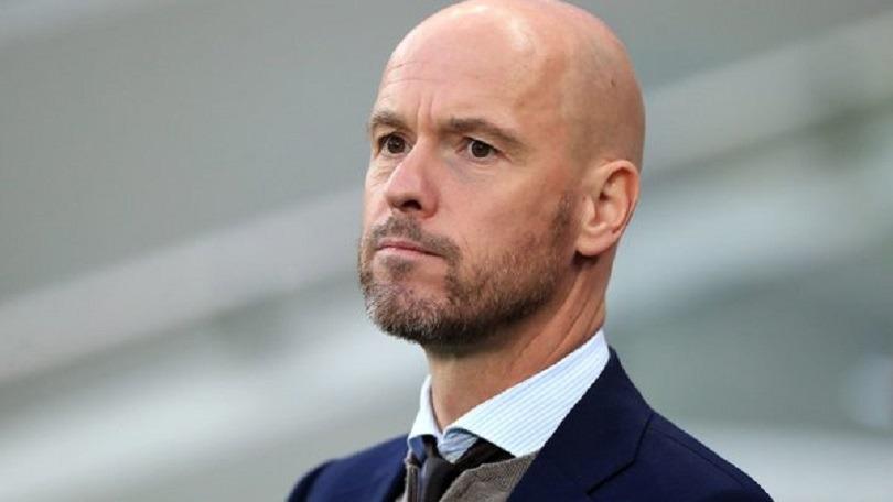 Mercato - Mino Raiola tente de placer l'entraîneur Erik Ten Hag au PSG, d'après Canal+