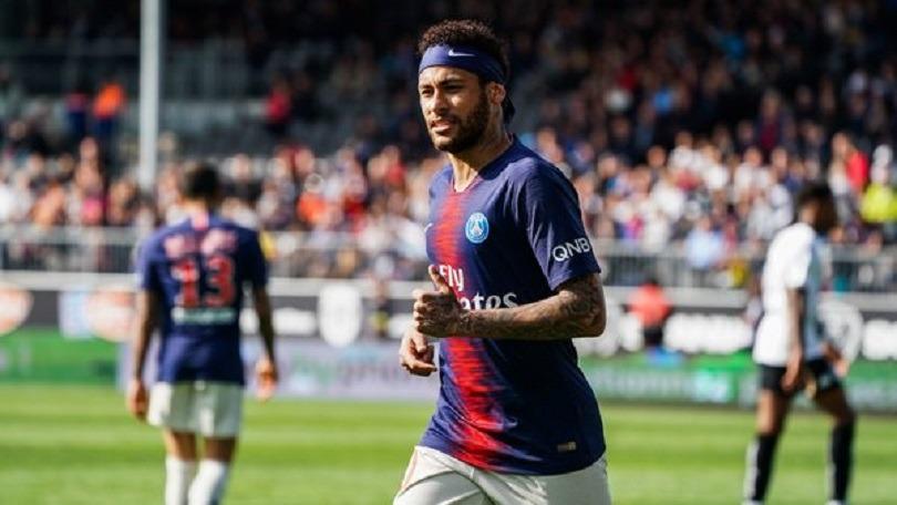 Neymar est rentré au Brésil sans l'autorisation de Tuchel, indique RMC Sport