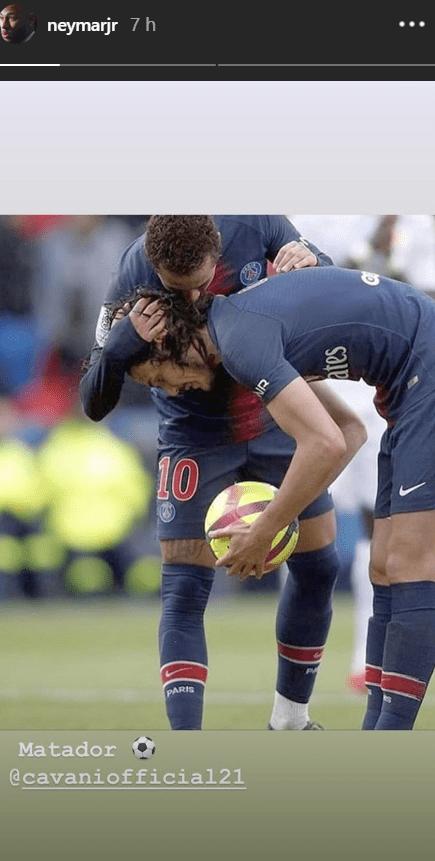 Les images du PSG ce dimanche : un bel échange entre Neymar et Cavani