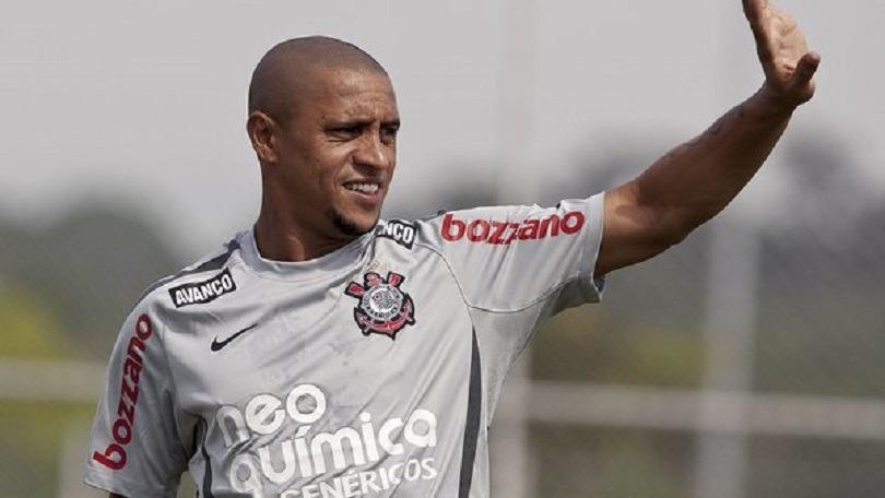 Roberto Carlos apporte son soutien à Neymar