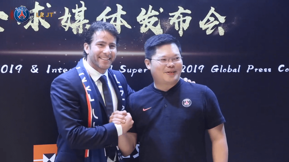 Les images du PSG ce mardi : sourires, anniversaire de Ménez et présentation du China Summer Tour