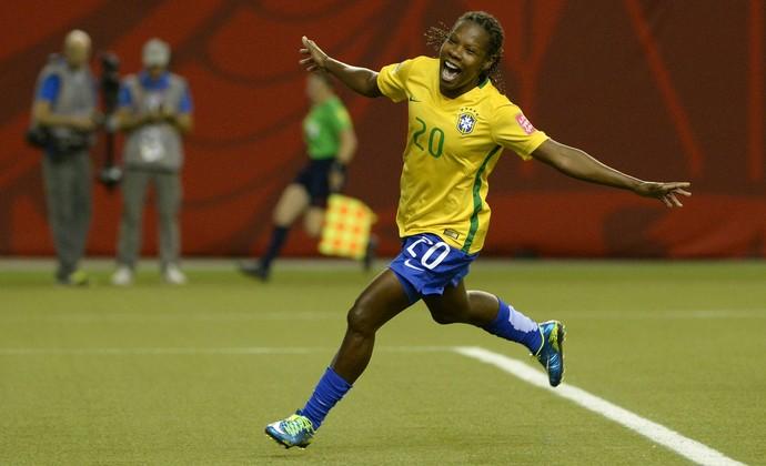 Brésil/Jamaïque - Les équipes officielles : Formiga titulaire