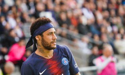 Le Parisien explique le silence du PSG dans l'affaire Neymar, qui est soutenu en interne