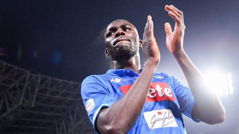 Mercato - Koulibaly tenté par le PSG, qui doit négocier avec Naples, selon Le Parisien