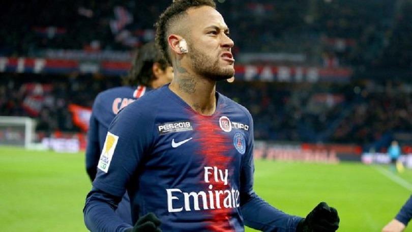 """La mère de Neymar l'incite à """"pardonner"""" la femme qui l'accuse viol"""
